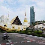 揚納瓦寺院照片