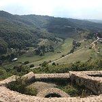 Photo de Bosnian Pyramid - Visocica Hill
