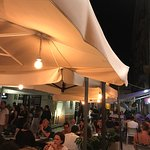 Mad Lounge Bar & Restaurant Foto
