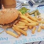 Hollister Food Music & Bar لوحة