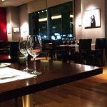 Foto van Red Resto & Lounge