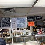 Foto de Calabash Deli Bakery & Gourmet Shop
