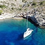 Greek Sails Yacht Charters resmi