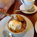 peach crisp w/vanilla ice cream
