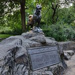 Photo of Balto Statue