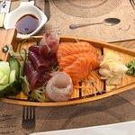 Foto Ikura Sushi Bar