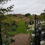 Foto di Helmingham Hall Gardens