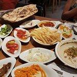 תמונה של Achla Platinum Grill