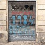 Fotografie: Placa George Orwell