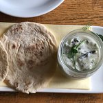 Tzatziki with flatbread