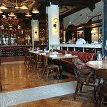 صورة فوتوغرافية لـ Public Kitchen and Bar