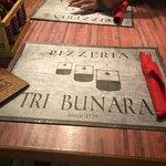 Pizzeria Tri Bunara Foto