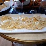 Ravioles farcies à la burrata sauce citron