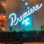 Foto de Premiere Cafe and Bar