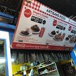 Foto Artisans Pizza Pantai Cenang Langkawi