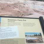 Foto de Fountain Paint Pot