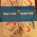 Foto de Tony's Fish & Oyster Cafe