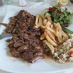 Billede af Moukas Restaurant