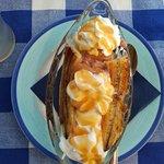 Greek sundae