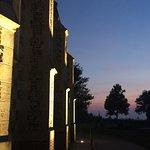 La Chapelle Saint-Valery au soleil couchant