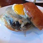 Photo de 5 Napkin Burger