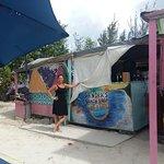 Foto de Sandra's Beach shop Bar and Grill
