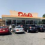 Foto de Dick's Drive-In - 45th St.