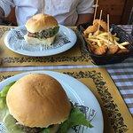 Foto de Stills - Burgers & Tapas