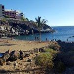 La playa de al lado del hotel