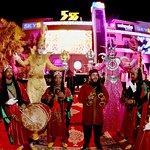 صورة فوتوغرافية لـ 555 Famous Club