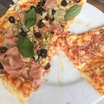 ภาพถ่ายของ La Fabbrica Pizzeria