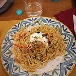 spaghetti agrumi, gamberi e stracciatella