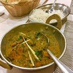Foto van Curry Leaves