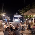 Foto de Mediterraneo Taverna Ouzerie