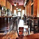 Foto de Mozies Bar & Grill