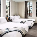 Distrikt Hotel Pittsburgh, Curio Collection by Hilton