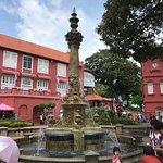 Фотография Queen Victoria's Fountain