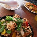 Foto de Moon Thai Kitchen