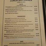 Cliff Hotel Restaurantの写真