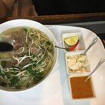Фотография Hai Nam Vietnamese Bistro & Pho Bar