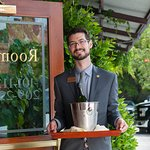 Napa River Inn provides top customer service (including delivering orders of champagne).