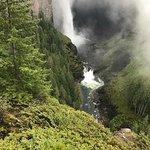 ภาพถ่ายของ Helmcken Falls