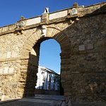 Photo of Arco de Los Gigantes