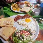 Valokuva: La Grotte Breakfastbar