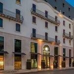 DoubleTree by Hilton Lisbon - Fontana Park