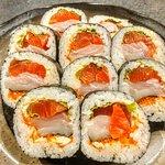 salmom sushi