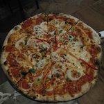 La Bella Pizza Bistro/ La Bella Napoli Foto
