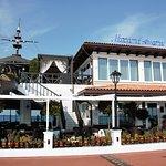 Видовой ресторан,с живыми морепродуктами и обширной винной картой!
