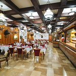Étterem és a bárpult