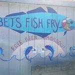 Foto de Bet's Famous Fish Fry